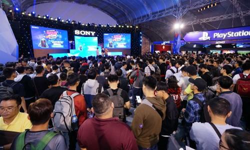 Rất nhiều khách hàng và giới trẻ tham dự Sony Show 2018