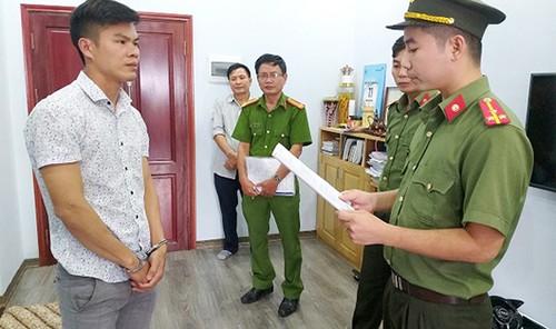 """Phan Đại Lợi bị khởi tố về hành vi """"tổ chức cho người khác trốn ra nước ngoài""""."""