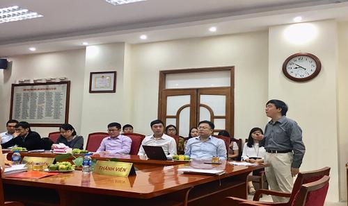Phó Tổng cục trưởng Tổng cục thuế Nguyễn Đại Trí bảo vệ đề tài trước Hội đồng nghiệm thu Bộ Tài chính