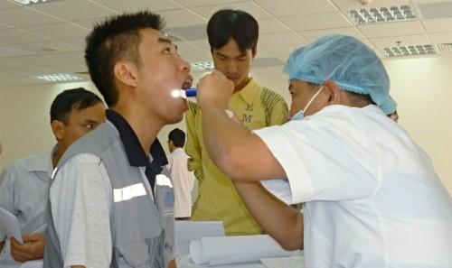 Quy định khám sức khỏe người lao động trước khi bố trí công việc