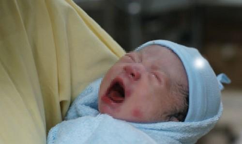 Em bé chào đời tại Bệnh viện Từ Dũ, TP HCM. Ảnh: Lê Phương.