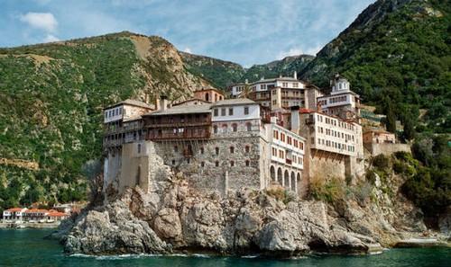 Hình ảnh về lãnh địa núi Athos