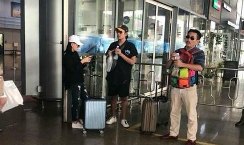 Hình ảnh được cho là Cát Phượng và Kiều Minh Tuấn tại sân bay
