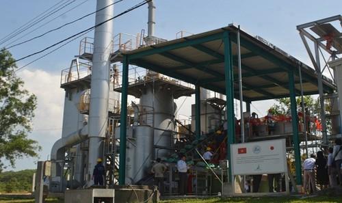 Lò đốt chất thải  vừa được vận hành tại khu xử lý rác thải Thủy Phương (tỉnh TT-Huế)