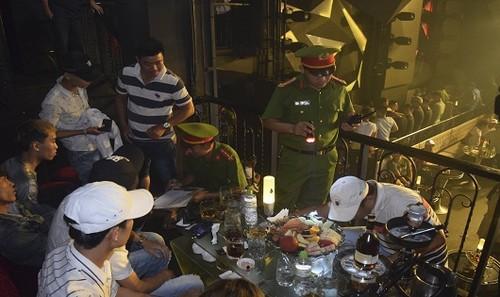 Cơ quan chức năng kiểm tra hành chính quán bar ASTA