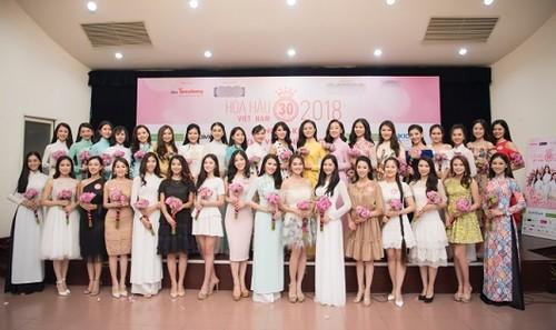 Các thí sinh tham gia cuộc thi Hoa hậu Việt Nam 2018.
