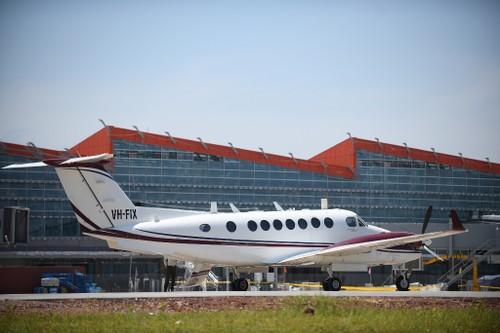 Chuyến bay đầu tiên hạ cánh xuống sân bay Vân Đồn