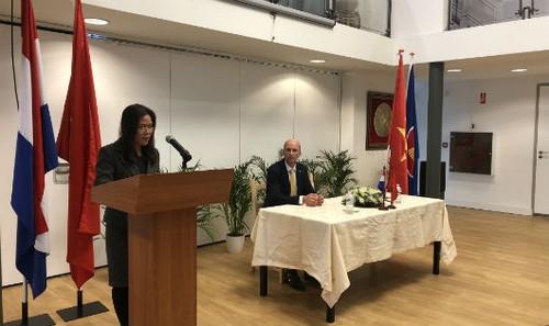 Đại sứ Ngô Thị Hòa phát biểu tại cuộc gặp