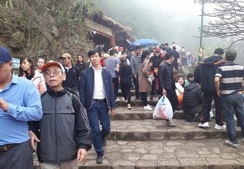 Du khách thập phương về với Lễ hội xuân Yên Tử