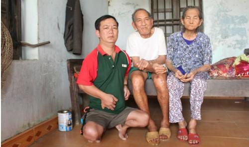 Gia đình ông Đoan với nỗi đau bệnh tật, nghèo khó