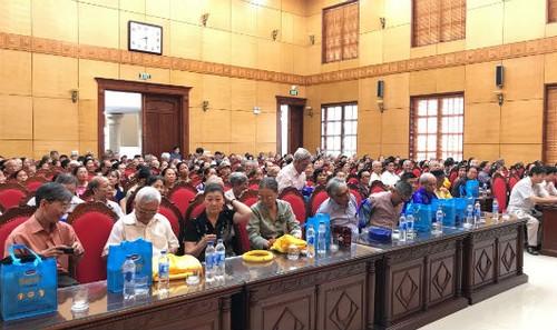 Hội thảo thu hút số lượng lớn người cao tuổi tới tham dự