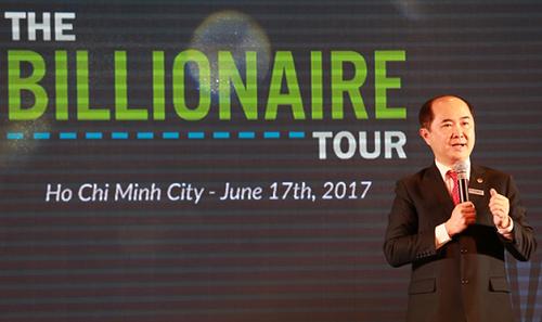 Ông Hồ Quang Minh – Nhà sáng lập kiêm Chủ tịch BCA, Master Liciensee ActionCOACH Việt Nam phát biểu công bố sự kiện The Billionaire Tour 2017