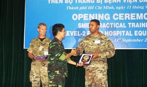 Trung tâm Gìn giữ hòa bình Việt Nam huấn luyện Bệnh viện dã chiến cấp 2
