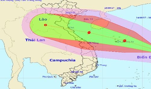 Vị trí tâm bão và hướng đi của bão số 10 lúc 10h hôm nay, 13/9.