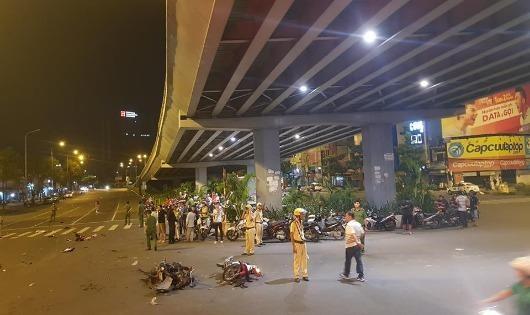 Người đàn bà uống rượu lái BMW tông liên hoàn, 1 người chết, 7 người bị thương