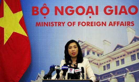 Việt Nam yêu cầu Trung Quốc chấm dứt ngay việc cho máy bay ném bom diễn tập tại Hoàng Sa