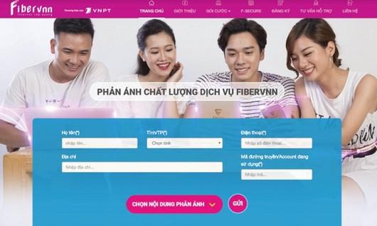 VNPT tặng quà cho khách hàng phản ánh chất lượng dịch vụ Internet cáp quang