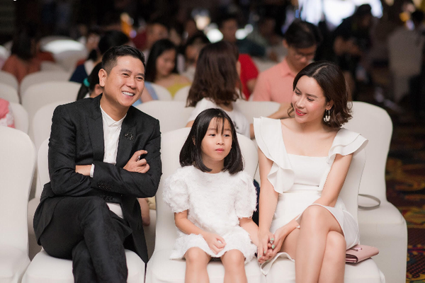 Lưu Hương Giang bật mí bí quyết giản đơn giữ lửa hôn nhân
