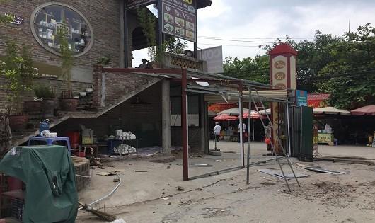 Hà Nội: Nhóm người bảo vệ của Công ty Đại Sơn ngang nhiên đập phá tài sản tại chợ sứ Bát Tràng ?