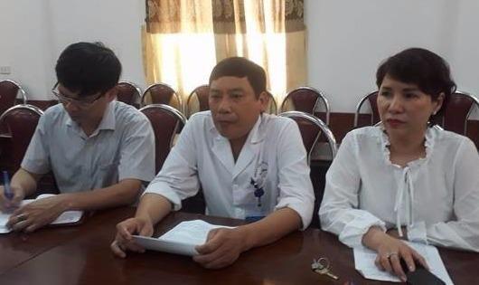 Tạm đình chỉ ê kíp y bác sỹ trong vụ bệnh nhân tử vong sau mổ tay ở bệnh viện Hà Đông