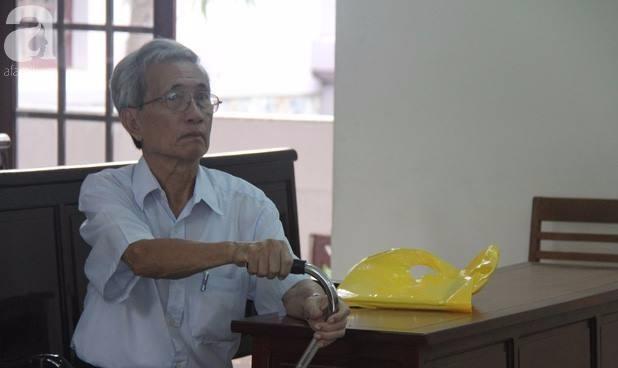 Gia đình bé gái 'vỡ vụn' sau bản án 18 tháng tù treo của 'yêu râu xanh' Nguyễn Khắc Thủy