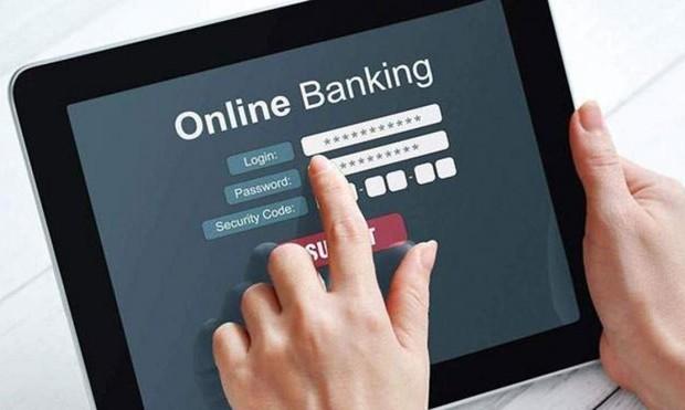 Khởi tố băng nhóm với chiêu lừa tinh vi, chiếm 2 tỷ của khách ngân hàng