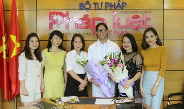 """""""Thai sản trọn gói - giải pháp thông minh cho mẹ bầu hiện đại"""""""