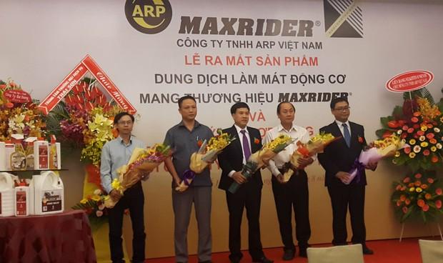 Ra mắt sản phẩm làm mát động cơ với thương hiệu Maxrider