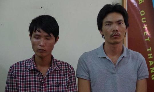 Bắt đối tượng đốt xe giám đốc vì nghi bắt cóc trẻ em