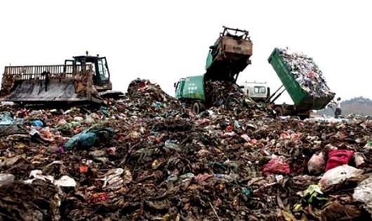 Tại sao doanh nghiệp khó tiếp cận nguyên liệu rác làm điện?