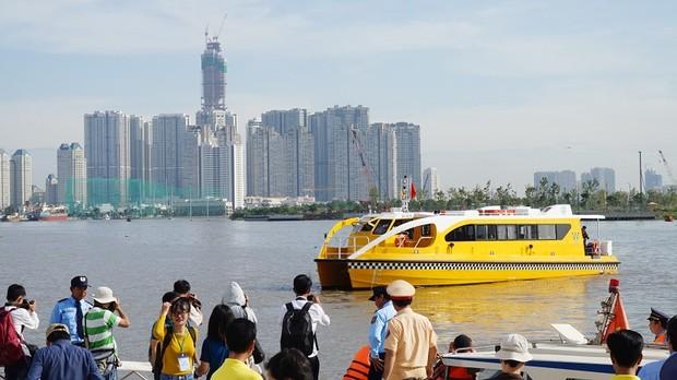 Miễn phí 10 ngày tuyến buýt sông Sài Gòn