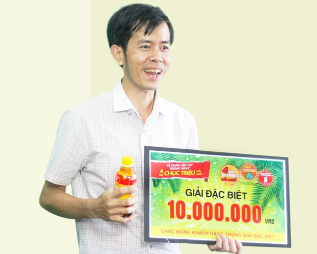 Tân Hiệp Phát trao hàng nghìn giải thưởng chương trình khuyến mãi hè cho khách hàng