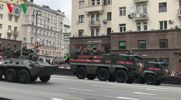 Nga trình làng vũ khí mới tại diễu binh kỷ niệm Chiến thắng Vệ quốc