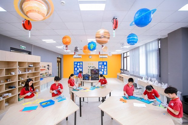 """""""Mãn nhãn"""" với không gian sáng chế Innovation Center của học sinh Vinschool"""