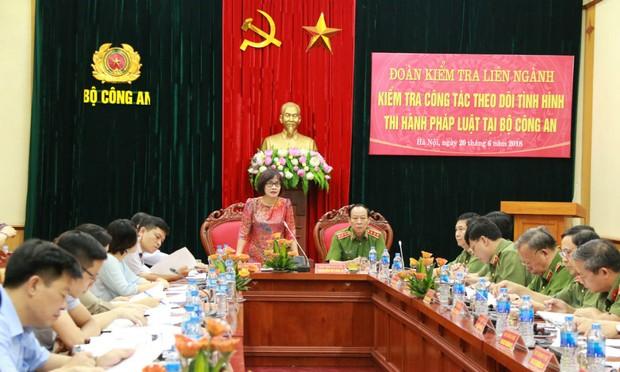 Đề nghị Bộ Công an tăng cường vai trò Cục Pháp chế và Cải cách thủ tục Hành chính, Tư pháp