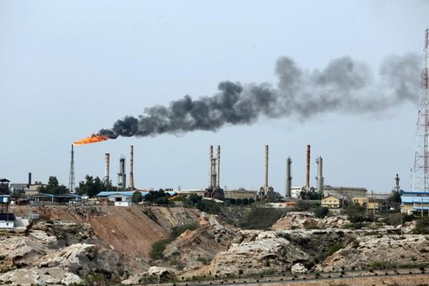 Bất chấp lệnh trừng phạt của Mỹ, Iran tuyên bố xuất khẩu dầu nhiều nhất có thể