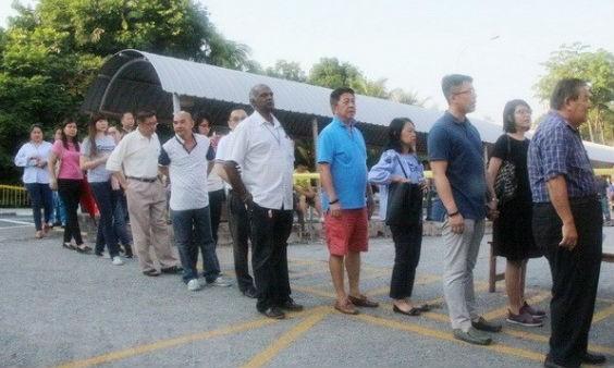 Malaysia muốn hạ tuổi bầu cử