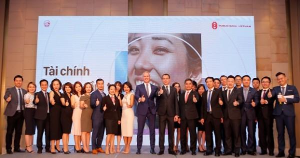 AIA Việt Nam và Public Bank Việt Nam ký kết thỏa thuận hợp tác