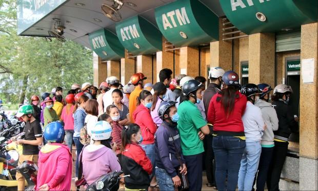 Tìm giải pháp thúc đẩy thanh toán dịch vụ công qua ngân hàng