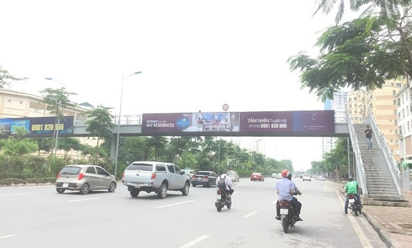 Quảng cáo trên cầu vượt bộ hành ở Hà Nội, Công ty Vinasing có thực hiện đúng cam kết?