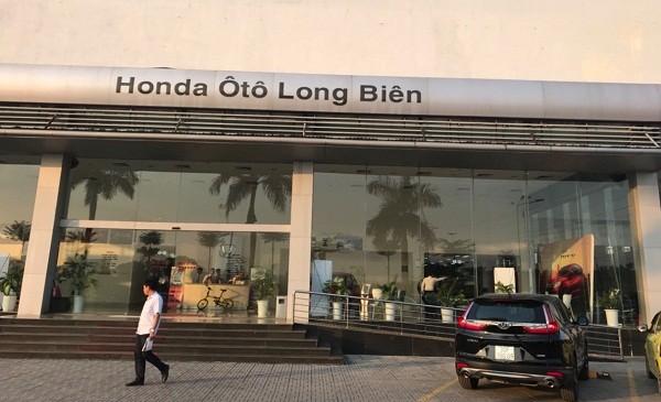 Đại lý Honda Long Biên (Hà Nội): Khách hàng bức xúc vì bị giao nhầm xe