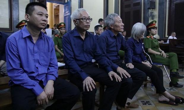Cựu Tổng Giám đốc Ngân hàng Đông Á thừa nhận mọi hành vi phạm tội