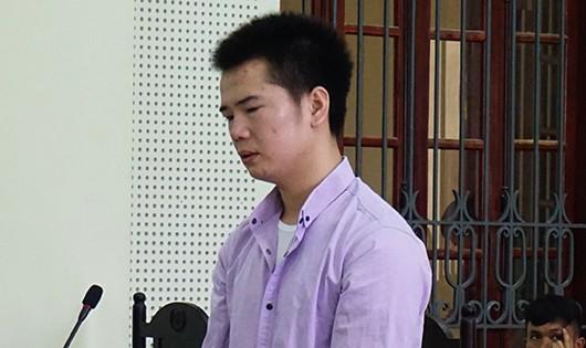 Đoạt mạng người khác vì bị chiếu đèn vào mặt nhận 15 năm tù