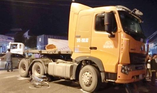 Hai vụ tai nạn 4 người tử vong trong chưa đầy 1 giờ