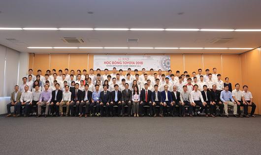 115 sinh viên được nhận Học bổng Toyota 2018