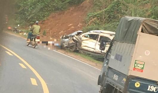 Xe tải mất phanh trên dốc Cun, 1 người chết, 3 người trọng thương