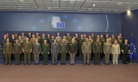Thượng tướng Nguyễn Chí Vịnh dự Hội nghị Tư lệnh Quốc phòng EU