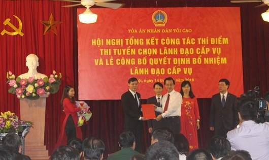 TANDTC trao quyết định trúng tuyển kỳ thi tuyển Lãnh đạo cấp Vụ