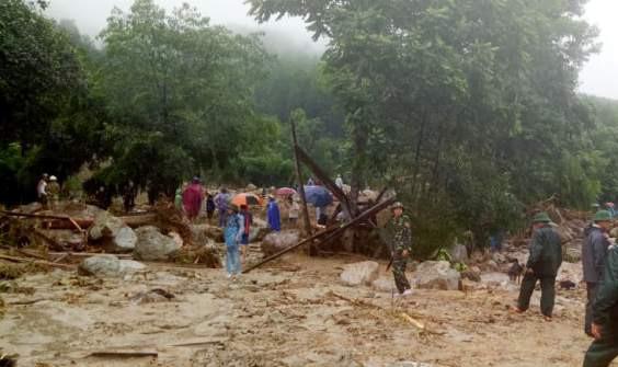 10 người chết, 11 người mất tích do mưa lũ sau bão số 3