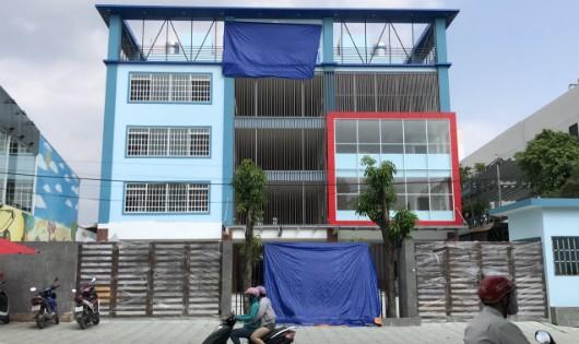 Xin xây tường rào nhưng ngang nhiên 'dựng' trường 4 tầng giữa TP.Biên Hòa